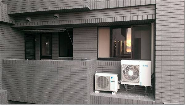 冷氣室外機