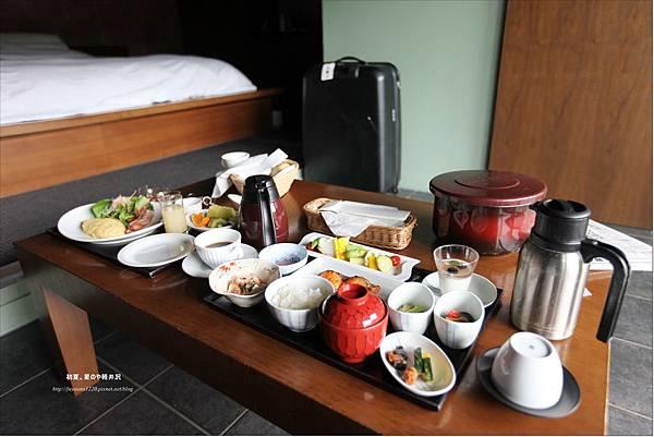 星のや軽井沢Room Service-朝食 (1).JPG