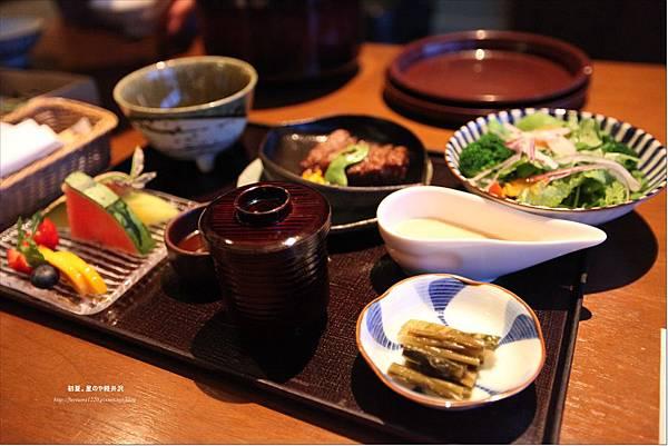 星のや軽井沢Room Service-夕食 (2).JPG