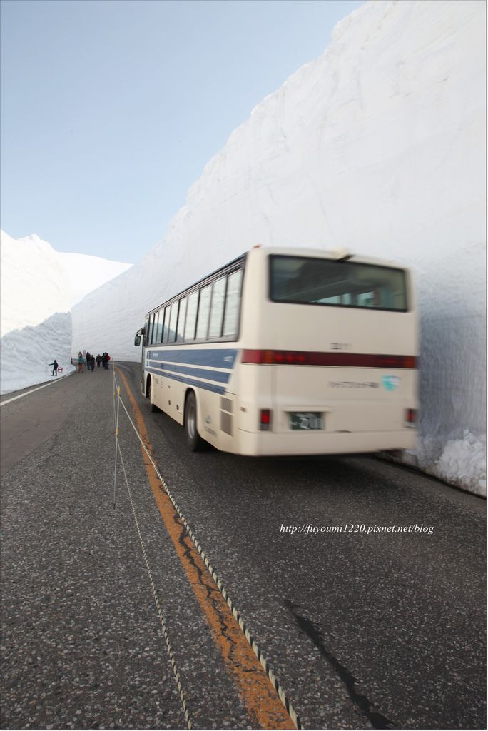立山雪之大谷 (9).JPG