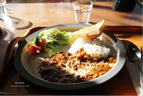 Cafe Good Life (7).JPG