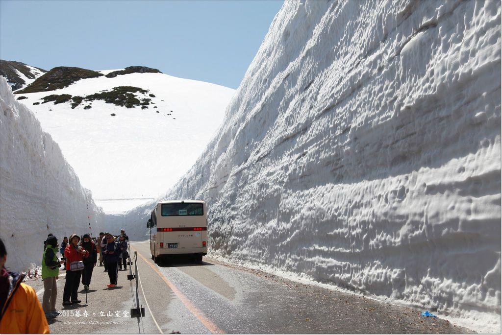 2015暮春立山雪的大谷 (9).JPG
