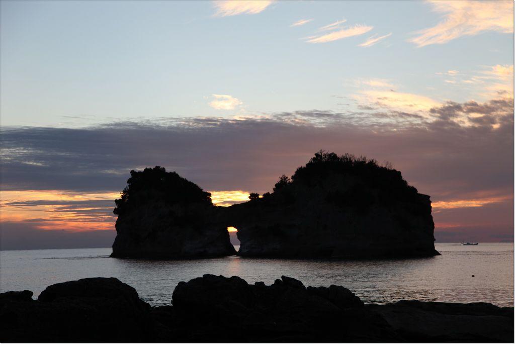 白浜円月島 (2).JPG
