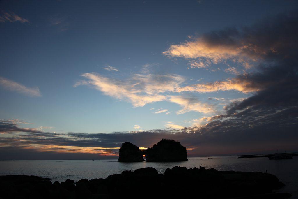 白浜円月島 (7).JPG