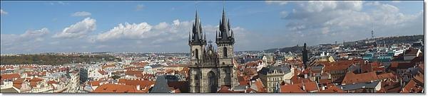 布拉格的紅屋頂.jpg