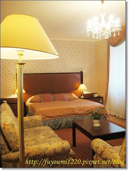 PUPP HOTEL. (4).jpg