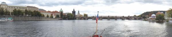 搭船遊伏爾塔瓦河 (1).jpg