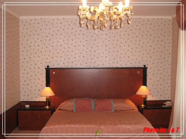 PUPP HOTEL (15).jpg