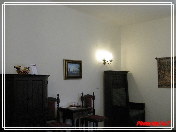 RUZE  HOTEL. (7).jpg