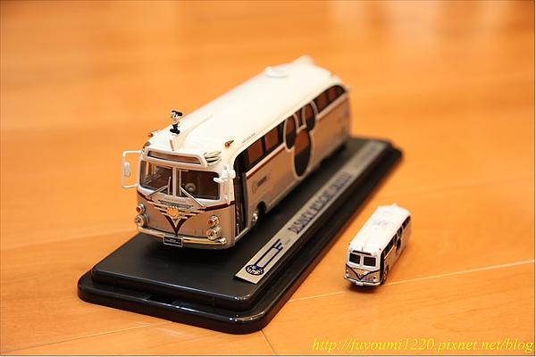Micky Bus (8).JPG
