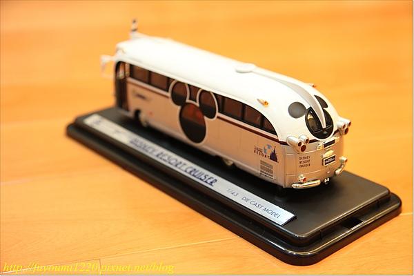 Micky Bus (2).JPG