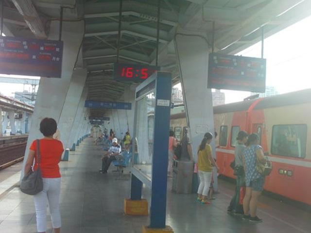 20120828坐火車到基隆逛逛2.jpeg