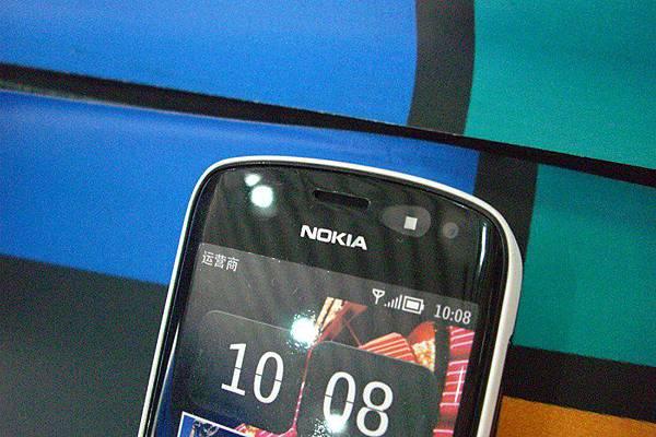 Nokia 808 (2)