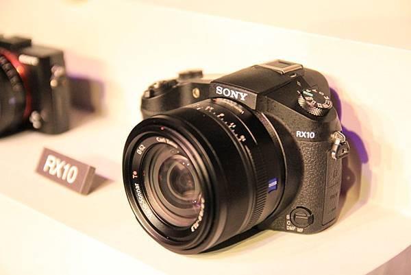 RX102.jpg
