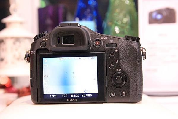 RX106.jpg