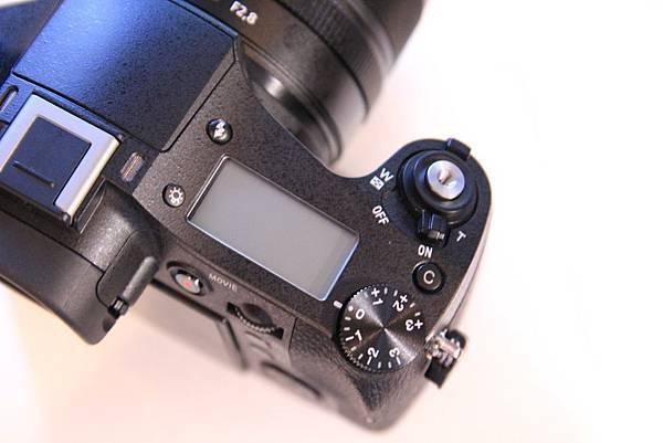 RX107.jpg