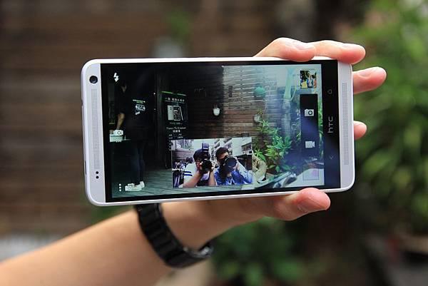 HTC06