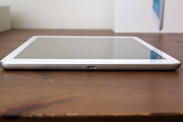 iPadAirUnbox13.jpg