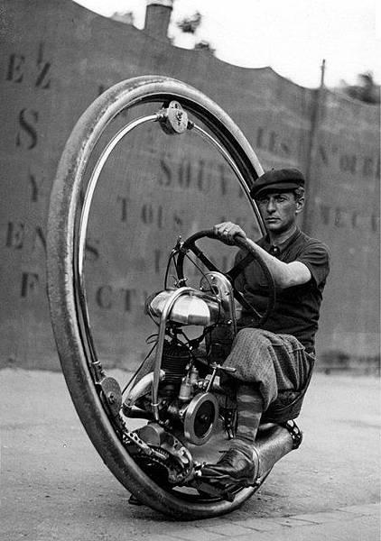 leetakeuchi1933-Motoruota-MonowheelHmm8230