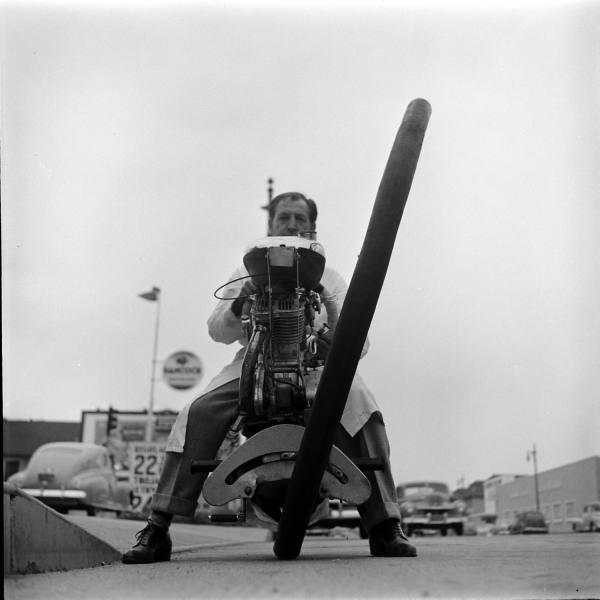 HotRod-LoomisDean-1952-18