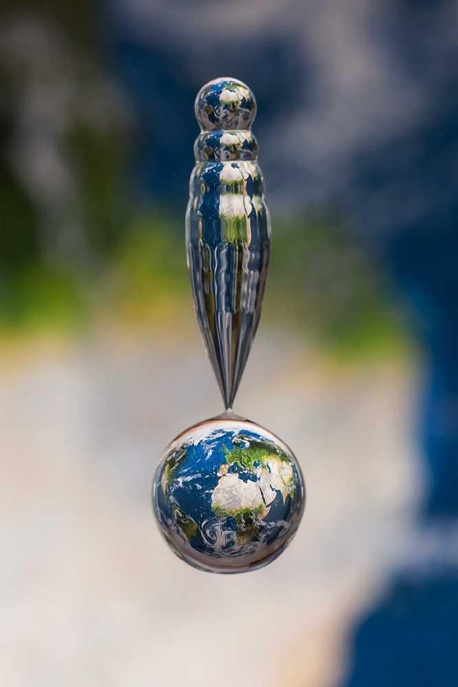 liquid_worlds_earth_markus_reugels1