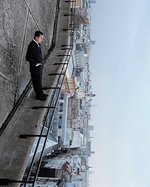Philippe Ramette (21).jpg