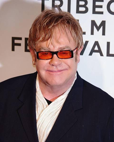 800px-Elton_John_2011_Shankbone_2.JPG