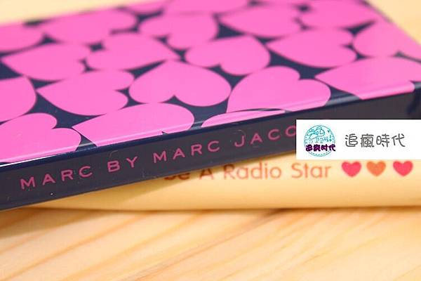 MARC BY MARC JACOBS 04
