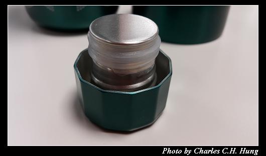 不鏽鋼保溫瓶_002.jpg