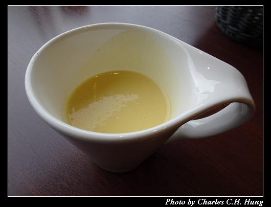 Cafe 24_011.jpg