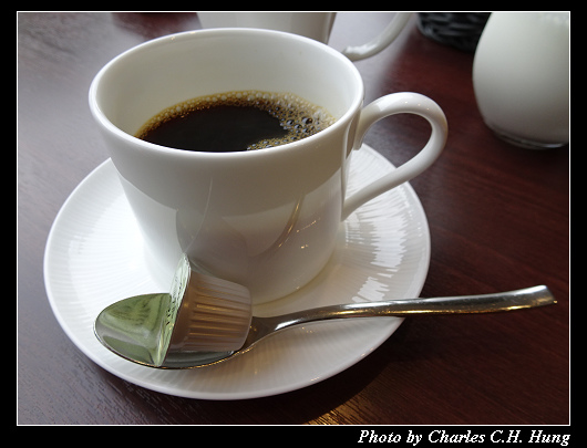 Cafe 24_024.jpg