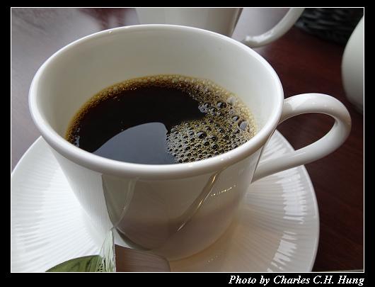 Cafe 24_025.jpg