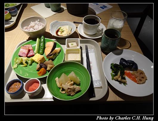 ICHOZAKA_013.jpg