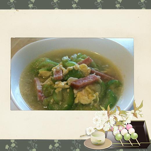 11夏日消暑絲瓜料理(媽媽種的絲瓜+鄉下自養土雞蛋+同學家作的手工哈姆