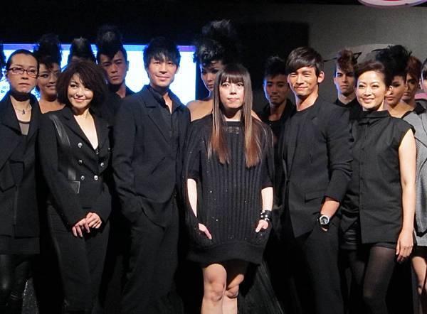 2011潘怡良服裝秀04