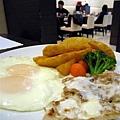 里肌組合套餐_美式早午餐_Midtown bagel caf'e_高雄河堤.jpg