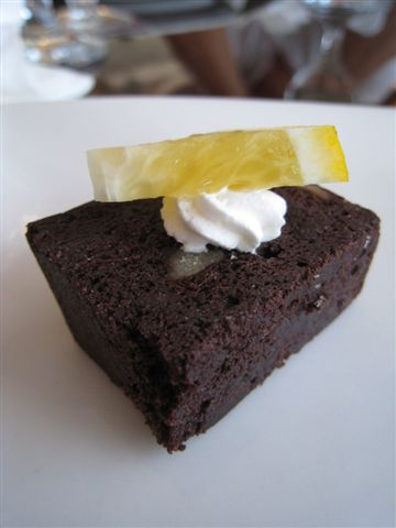 巧克力蛋糕_Amy's 加州廚房_高雄大立精品.JPG