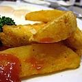 帶皮薯條_美式早午餐_Midtown bagel caf'e_高雄河堤.jpg