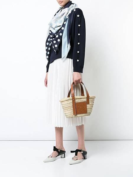 KirnaZabete-Loewe-Small-Basket-Bag-12.jpg