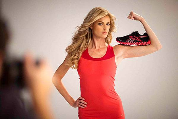 d3f4e_erin-andrews-for-reebok-zigtech-1.jpg