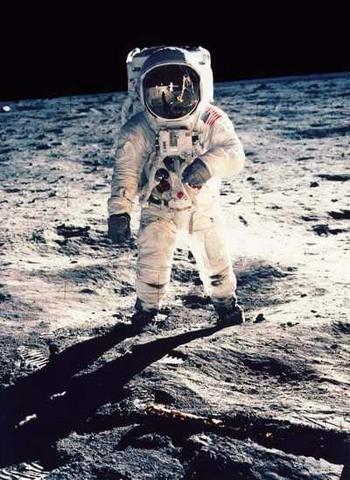 moonwalkreflection400.jpg