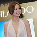 安心亞 Shiseido Anessa