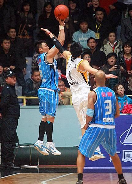 2012季後賽首戰--學林絕殺秀