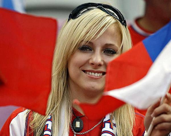 cute-and-crazy-fans-of-euro-football-06