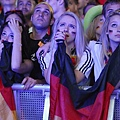 germany-v-italy-public-viewing-20120628-142113-165