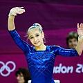 Viktoria Komova 25
