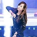 121021-fx-victoria-boome28099s-youngstreet-in-hwasung-2