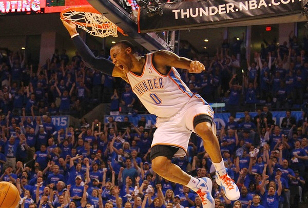 Russell-Westbrook-dunk_232602