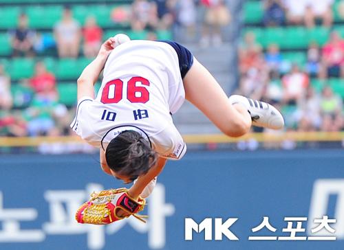 Taemi超級空翻開球 06.jpg
