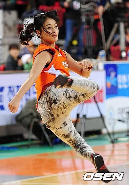 Taemi超級空翻開球 32.jpg